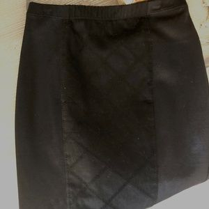 Betsy Johnson Pencil Skirt Leather w Detailed Trim
